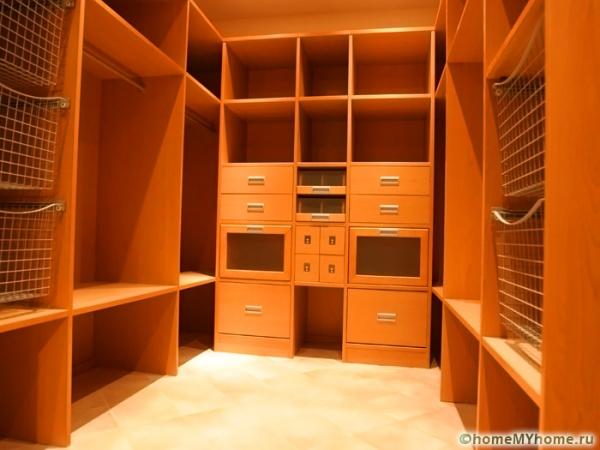 Гардеробные комнаты: дизайн-проекты, фото и оригинальные решения